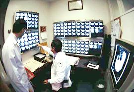 Equipo médico de la Clínica Bethany